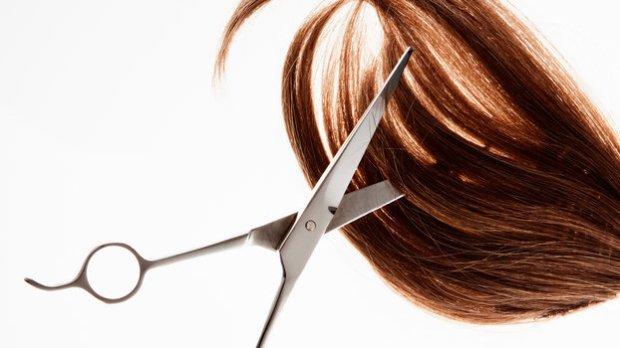 010516-trim-your-own-hair.jpg